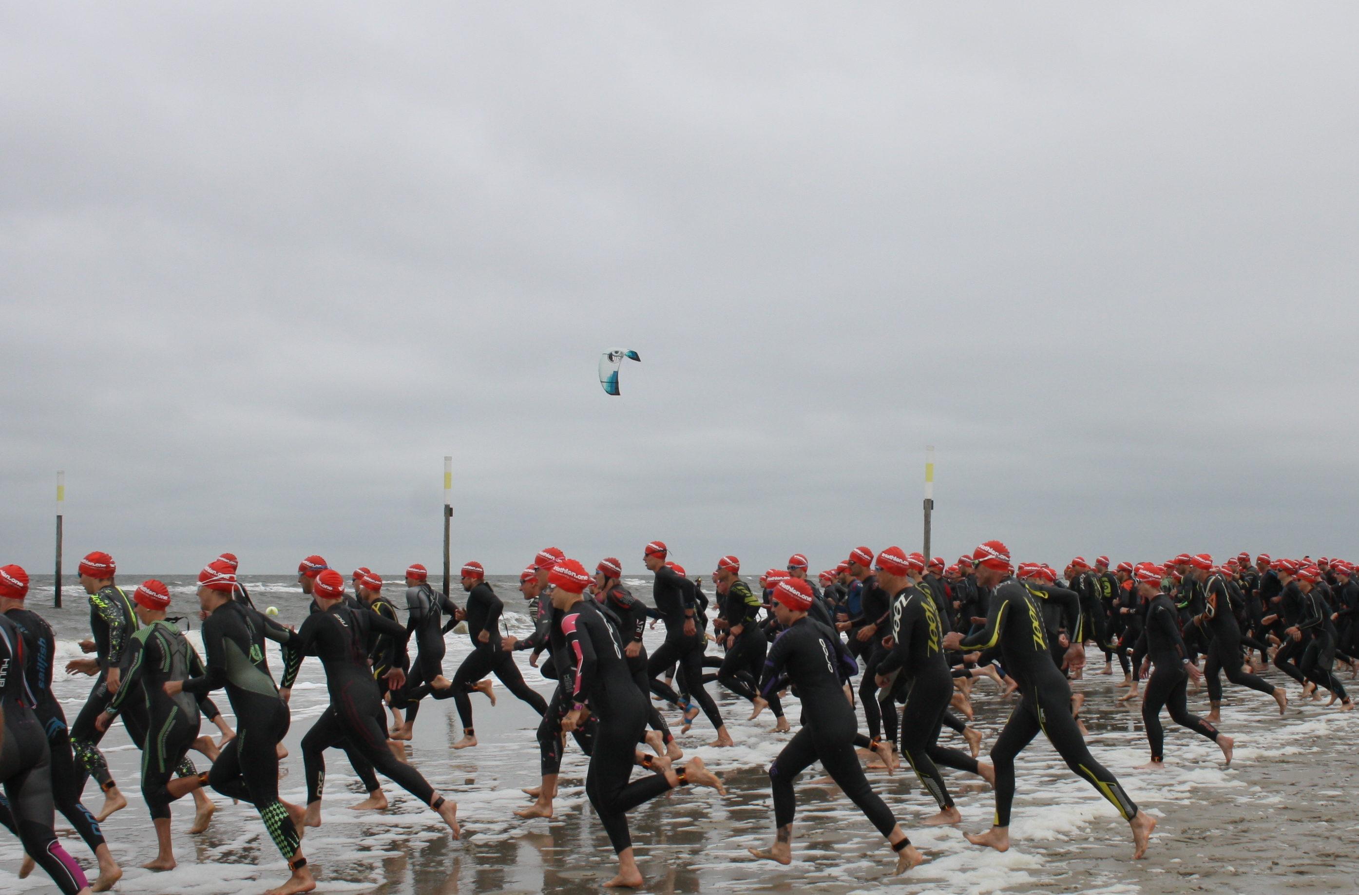 Gegen Den Wind Triathlon In St. Peter-Ording: Verbands- Und Landesliga Erkämpfen Sich Erneut Das Podium